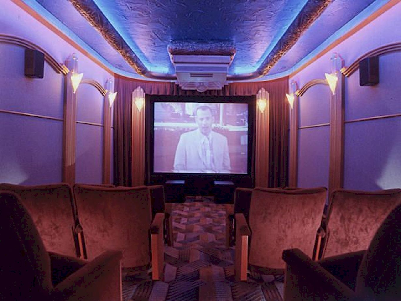 Home Cinema001