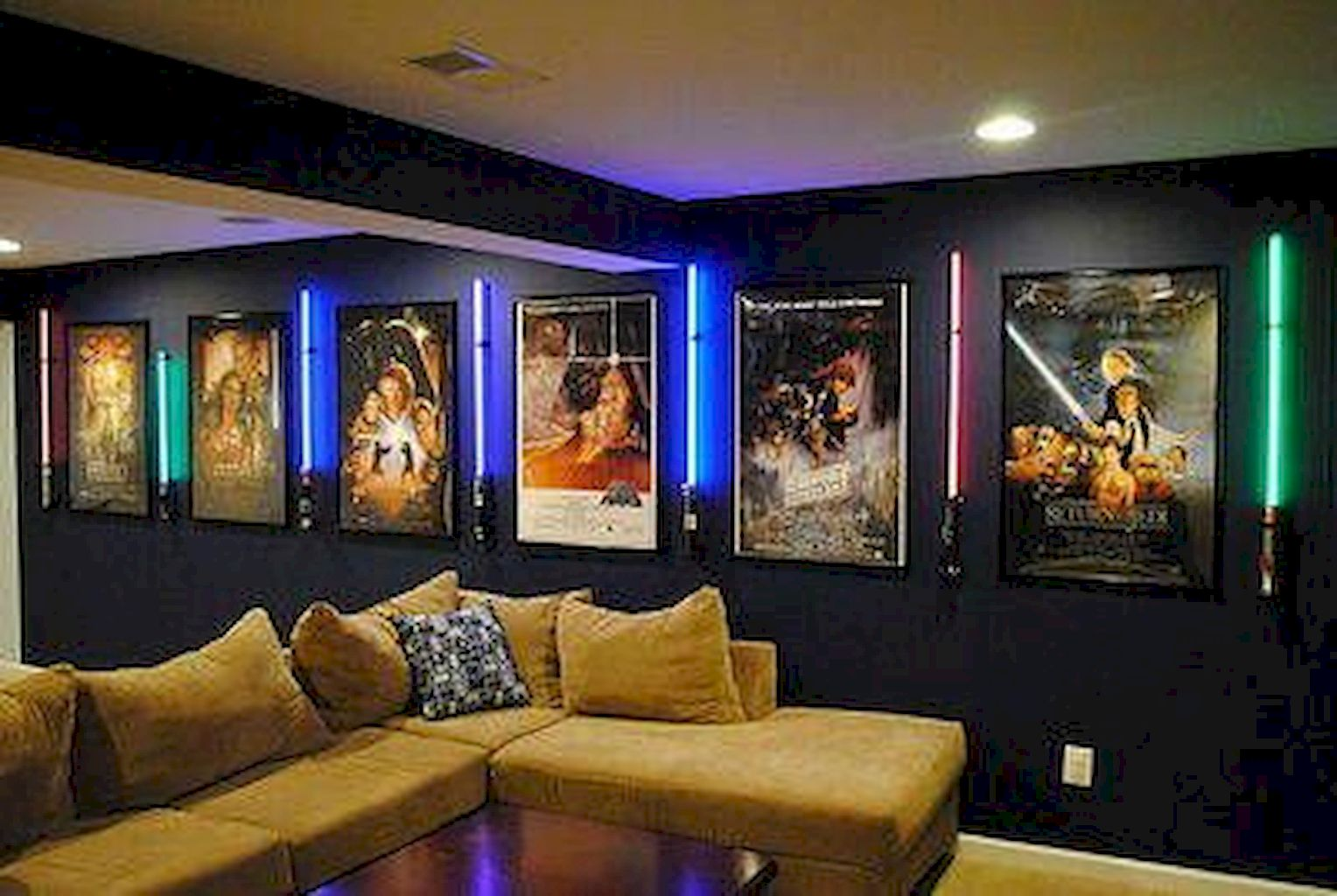 Home Cinema025