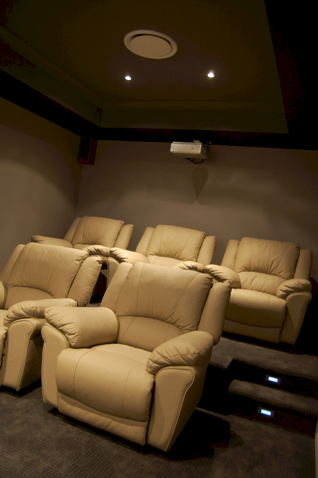 Home Cinema119