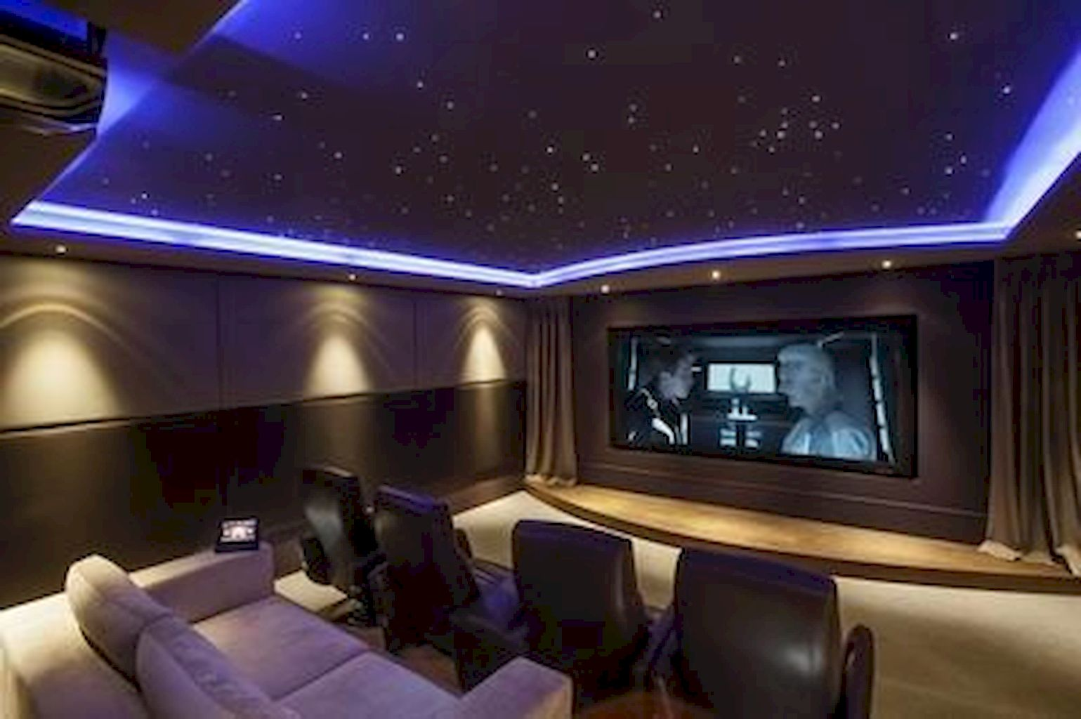 Home Cinema176