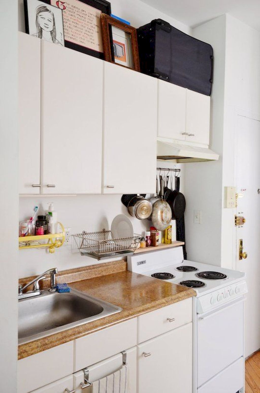 Kitchen Plan And Design For Small Room (93)