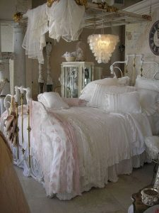 Bedroom Decoration ideas for Romantic Moment 32