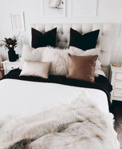Bedroom Decoration ideas for Romantic Moment 36