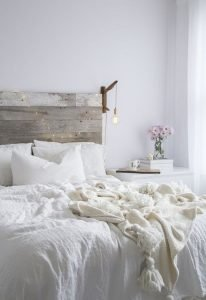 Bedroom Decoration ideas for Romantic Moment 57