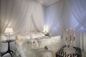 Bedroom Decoration ideas for Romantic Moment 63