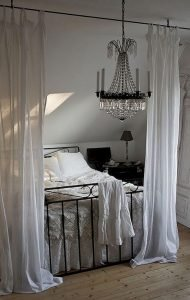 Bedroom Decoration ideas for Romantic Moment 124
