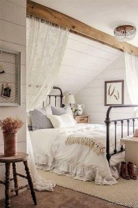 Bedroom Decoration ideas for Romantic Moment 139