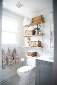 Amazing Small Bathrooms In Small Appartment Ideas 164