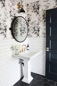 Amazing Small Bathrooms In Small Appartment Ideas 177