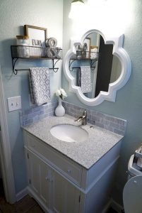 Amazing Small Bathrooms In Small Appartment Ideas 8