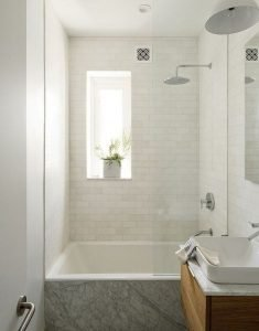 Amazing Small Bathrooms In Small Appartment Ideas 11