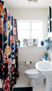 Amazing Small Bathrooms In Small Appartment Ideas 12
