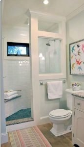 Amazing Small Bathrooms In Small Appartment Ideas 20