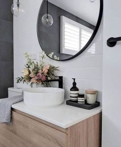 Amazing Small Bathrooms In Small Appartment Ideas 23