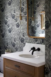 Amazing Small Bathrooms In Small Appartment Ideas 25
