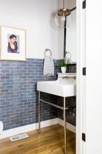 Amazing Small Bathrooms In Small Appartment Ideas 27