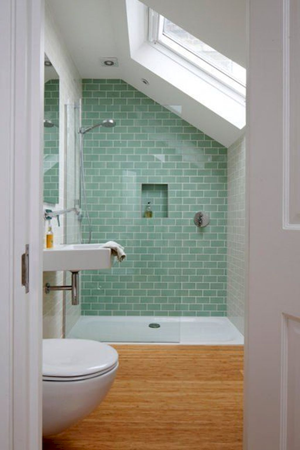 Small Bathroom Appartement097