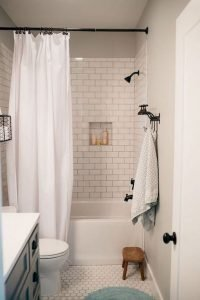 Amazing Small Bathrooms In Small Appartment Ideas 44