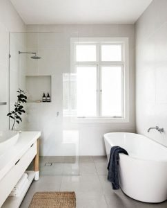 Amazing Small Bathrooms In Small Appartment Ideas 51
