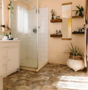 Amazing Small Bathrooms In Small Appartment Ideas 71