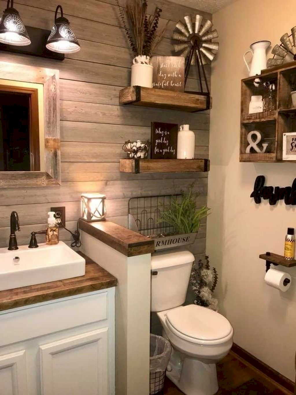 Small Bathroom Appartement202