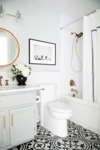 Amazing Small Bathrooms In Small Appartment Ideas 99