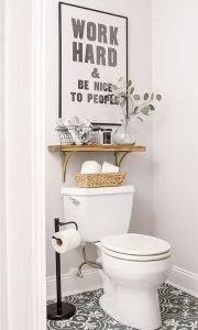 Amazing Small Bathrooms In Small Appartment Ideas 114