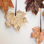 Add Warmth to Your Gathering Thanksgiving Decoration 91