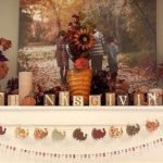 Add Warmth to Your Gathering Thanksgiving Decoration 93