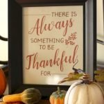 Add Warmth to Your Gathering Thanksgiving Decoration 95