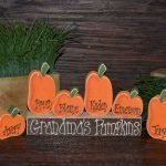 Add Warmth to Your Gathering Thanksgiving Decoration 109