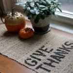 Add Warmth to Your Gathering Thanksgiving Decoration 115