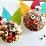 Add Warmth to Your Gathering Thanksgiving Decoration 123