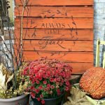 Add Warmth to Your Gathering Thanksgiving Decoration 3