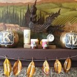 Add Warmth to Your Gathering Thanksgiving Decoration 8