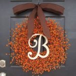 Add Warmth to Your Gathering Thanksgiving Decoration 10