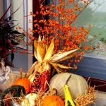 Add Warmth to Your Gathering Thanksgiving Decoration 22