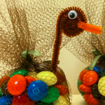 Add Warmth to Your Gathering Thanksgiving Decoration 26