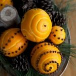 Add Warmth to Your Gathering Thanksgiving Decoration 44