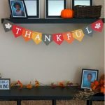 Add Warmth to Your Gathering Thanksgiving Decoration 45