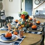 Add Warmth to Your Gathering Thanksgiving Decoration 46