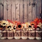 Add Warmth to Your Gathering Thanksgiving Decoration 49