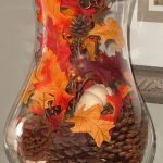 Add Warmth to Your Gathering Thanksgiving Decoration 57