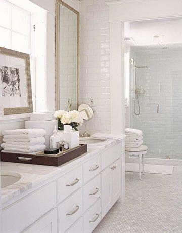 White Bathroom002