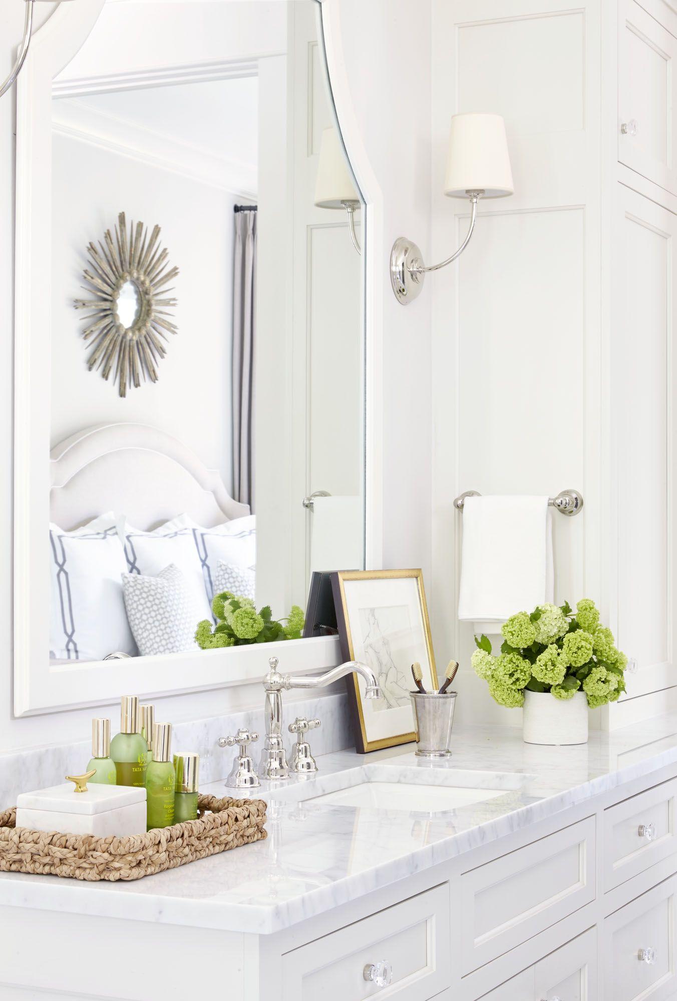 White Bathroom008