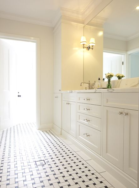 White Bathroom021