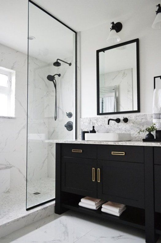 White Bathroom024