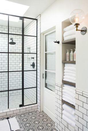 White Bathroom027
