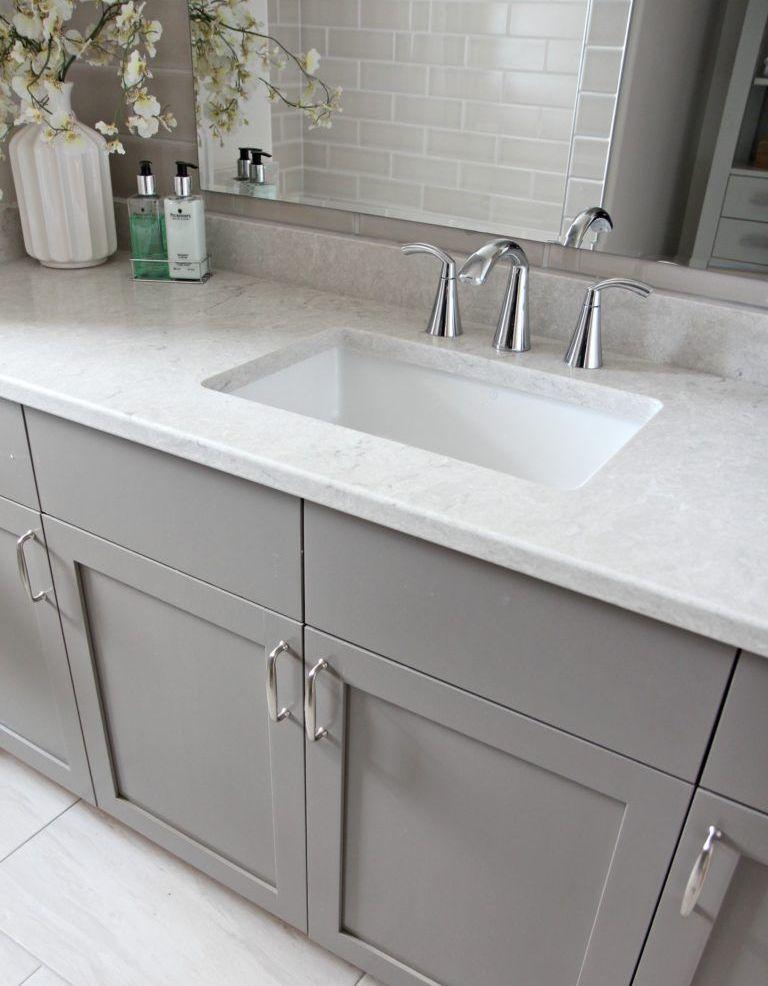 White Bathroom041