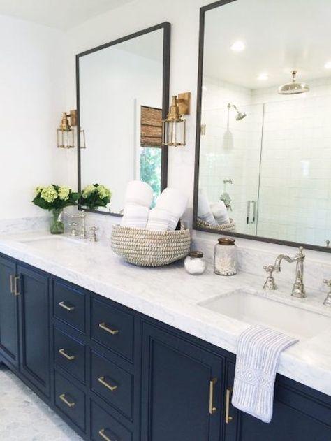 White Bathroom043